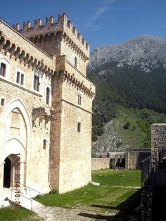 Castello Piccolomini - Celano, Province of L'Aquila, Italy. - TripAdvisor www. Small Group Tours, Italian Villa, Sustainable Tourism, Italy Tours, Palaces, Tuscany, Trip Advisor, Rome, Castle