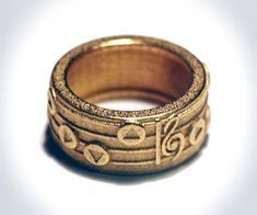 Legend of Zelda Songrings | DudeIWantThat.com Love this so much <3 I would rock this as a wedding ring any day.