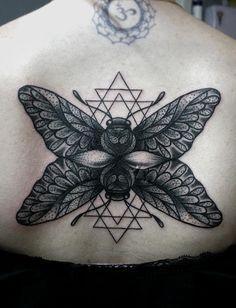 Redberry Tattoo Studio Wrocław #tattoo #inked #ink #studio #wroclaw #warszawa #tatuaz #dresden #redberry #katowice #redberrytattoostudio #amaizingtattoo #poland #berlin #eztattoo #nastiazlotin #zlotin #sketch #dotwork #nztattoo #cma #geometria #moth #geometry #black