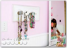Vintage Door knob jewelry holder....DIY