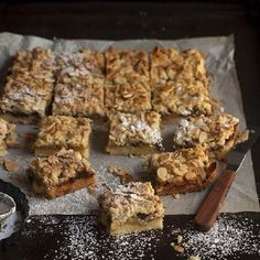 Apple and mince pie Christmas crumble bars