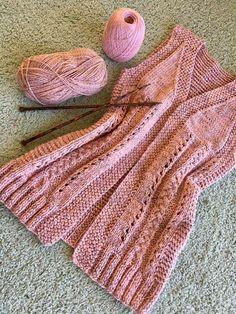 Colete Alongado Allegro Lace Knitting Stitches, Knit Crochet, Diy And Crafts, Fashion, Knit Vest, How To Knit, Knitting Patterns, Moda, La Mode