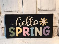 Primitive Spring Home Decor - Hello Spring Sign Barn Wood Signs, Wooden Signs, Pallet Signs, Wood Pallet Crafts, Porch Welcome Sign, Summer Signs, Spring Home Decor, Porch Signs, Spring Sign