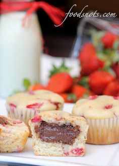 Strawberry Nutella Muffins       1 1/2 cups all-purpose flour       1/2 teaspoon salt       2 teaspoons baking powder       1/2 cup sugar       1/4 cup canola oil       1 large egg       1/3 cup buttermilk       1 teaspoon vanilla extract       1 cup fresh strawberries, chopped       1/3 cup Nutella       Turbinado sugar (raw sugar), to sprinkle on tops      Preheat oven to 350 degrees F. Line a 12-cup standard muffin tin with paper liners; set aside.