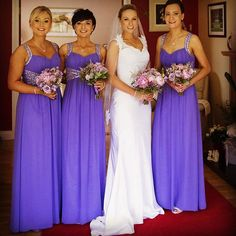 Our beautiful bride of the day Eimear Kenny ! 👰❤️💒 How gorgeous is this photo of Eimear and her bridesmaid Bridesmaids, Bridesmaid Dresses, Wedding Dresses, Beautiful Bride, Wedding Day, Wedding Photography, Bridal, Instagram Posts, Design