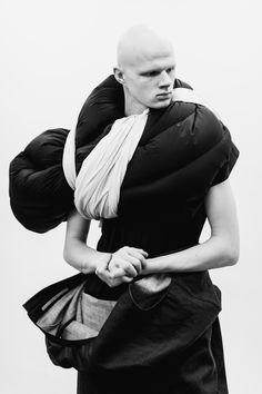Les 11 expositions mode du moment | Vogue