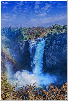 Devil's Cataract – Victoria Falls