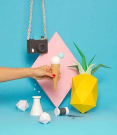 Trendy Photography Still Life Products Pastel Design Food, Web Design, Design Art, Origami, Paper Art, Paper Crafts, Prop Styling, Still Life Photography, Pastel Photography