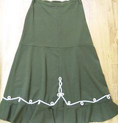 zsinórdíszítéses szoknya Traditional Outfits, Skirts, Clothing, Fashion, Outfits, Moda, Fashion Styles, Skirt, Kleding