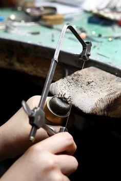 Gioielli artistici, antiche tecniche di lavorazione artigianale - Maura…