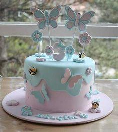 Cake Recipes Vanilla Birthday - New ideas Butterfly Birthday Cakes, Baby Birthday Cakes, Butterfly Cakes, Birthday Parties, Cakes With Butterflies, Tortas Baby Shower Niña, Baby Shower Cakes, Girly Cakes, Love Cake