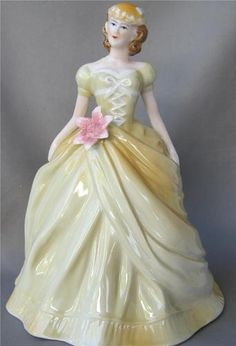285 Best Royal Doulton Figurines Images In 2019 Royal Doulton Figurines Porcelain