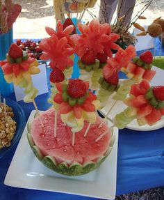 Well if you didn't guess, the fruit flower bowl was my entry in the Food On A Stick contest. I chose it because it was a beautiful and healt...