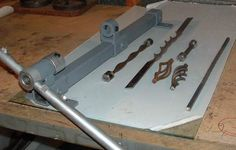 Metalworking | Metal Twister and basket maker. -- Metal Project Plans.