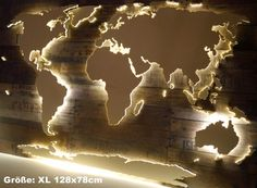 "Illuminated 3D world map made of wood 128cmx78cm ""Vintage"""