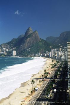 Ipanema beach -  It's the place to be on sunny afternoons! Adult party central in Posto 9
