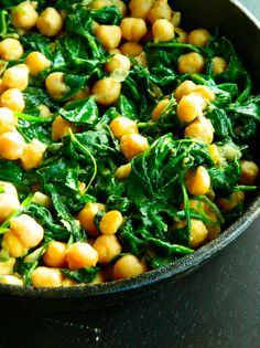 Spinach & Chickpeas Skillet | Here Are 15 Meals You Can Make In 15 Minutes