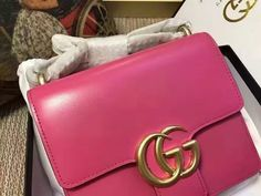 Gucci GG Marmont leather shoulder bag Style Rose Small