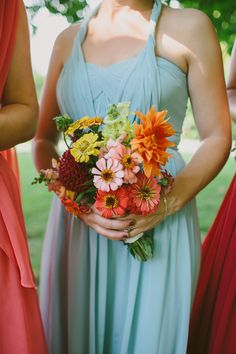 #Bridesmaid #Bouquet | Seasonal Flowers picked at White Antler Flower Farm | Montana | Photography : Paige Jones | On SMP: http://www.stylemepretty.com/2013/12/02/bitterroot-valley-wedding-from-paige-jones-photography/