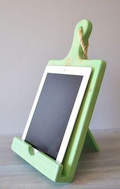 Wood Cutting Board iPad Stand - Green