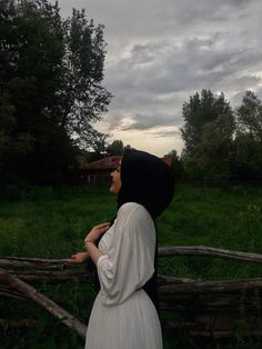 nature hijab – Best Of Likes Share Modest Fashion Hijab, Casual Hijab Outfit, Hijab Chic, Hijabi Girl, Girl Hijab, Mode Turban, Muslim Women Fashion, Indian Fashion, Muslim Beauty
