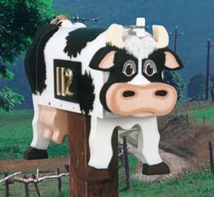 Country Milk Cow Mailbox Pattern Cow mailbox that will fit over a standard mailbox. #diy #woodcraftpatterns