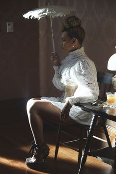 Beyonce formation Zimmermann dress, (look Corset Palace Vintage. Beyonce Knowles Carter, Beyonce And Jay Z, Beyonce 2016, Beyonce Album, Beyonce Coachella, Destiny's Child, Rihanna, King B, Formation Photo