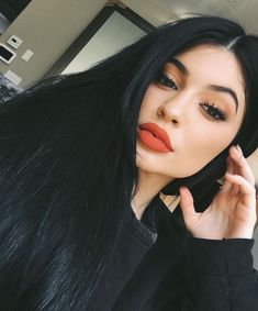 Kylie Jenner May Have Named Her New Lip Kit After Your Favorite Taylor Swift…