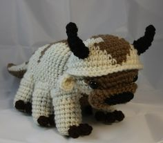 Last day of my Seven Days of Patterns is Appa! He was really a tough one, but I'm extremely proud of the result. You really don't think about how many toes a flying bison has until you have to crochet...