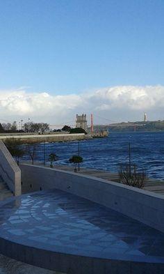 Vista da Fundação Champalimaud para o rio Tejo. Lisboa.Foto de Orlando Mendes
