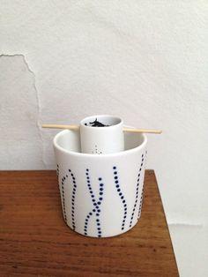 tasse et boule a thé chez agnès b.