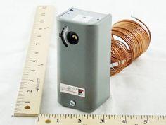 Johnson Controls A19AAA-18 30/110F 6' Cap Open-Lo Temperature Control