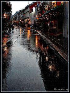 Rainy night in Quebec City