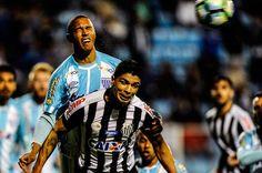 O Santos não teve uma grande apresentação na noite deste domingo, contra o Avaí, no estádio da Ressacada, mas ficou perto de conquistar uma vitória nos domínios do adversário