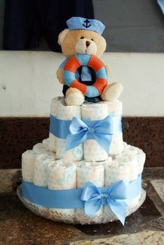 Baby shower diaper cake for a boy Torta Baby Shower, Baby Shower Diapers, Baby Boy Shower, Baby Shower Gifts, Baby Gifts, Diaper Crafts, Bebe Shower, Baby Tea, Baby Shower Souvenirs