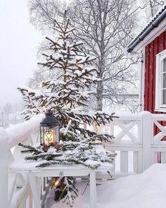 dager til Julaften dager til den første Adventshelgen days until Christmas _________________________________________… Winter Szenen, I Love Winter, Winter Magic, Winter White, Winter Season, Winter Christmas, Winter Porch, Winter Colors, Christmas Morning