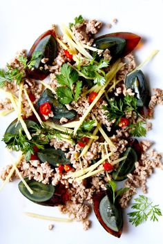 Century Egg Salad with Pork and Fresh Ginger. - Century Egg Salad with Pork and Fresh Ginger. If nothing else, you need to get a look at the wedge - Thai Recipes, Egg Recipes, Asian Recipes, Healthy Recipes, Asian Foods, Group Recipes, Oriental Recipes, Healthy Meals, Century Eggs Recipe