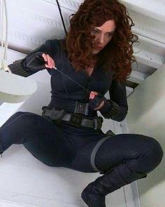 Scarlett Johansson as the Black Widow Scarlett Johansson, Black Widow Scarlett, Black Widow Natasha, Marvel Women, Marvel Girls, Super Héroine Marvel, Super Heroine, Black Widow Avengers, Natasha Romanoff