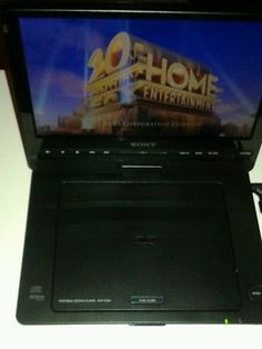 """Sony DVP-FX94 Portable DVD Player 9"""" Screen  DVPFX94 With Life of Pi DVD TESTED"""
