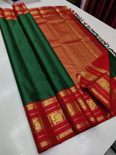 Pure kanchipuram silk sarees handwoven with 2 g pure jari classic korvai pattern Ping me in 9171814428 for price details.. Pure Silk Sarees, Hand Weaving, Pure Products, Bridal, Classic, Pattern, Wedding, Derby, Valentines Day Weddings