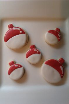 Bobber cookies for fishing season – Outdoor Sport Fish Cookies, Iced Cookies, Cut Out Cookies, Cute Cookies, Royal Icing Cookies, Cupcake Cookies, Sugar Cookies, Shaped Cookie, Cookie Bars