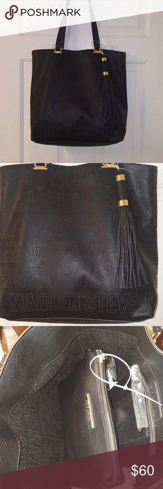 Steve Madden Tote Brand new Steve Madden Tote. Steve Madden Bags Totes