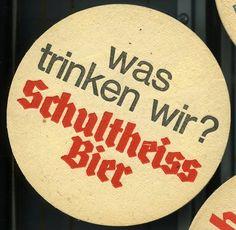 Bierdeckel aus dem Jahre 1970. Reim- (und Trink-) kultur vom Feinsten.