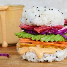Sushi Burger with Vegan Chipotle Mayo by 💛 Recipe:⠀ Ingredients:⠀ Sushi Rice:⠀ 2 cups uncooked sushi rice⠀ 3 cups… Chipotle Mayo, Vegan Chipotle, Sushi Burger, Avocado Burger, Sushi Sandwich, Sushi Burrito, Burger Buns, Sandwich Recipes, Delicious Vegan Recipes