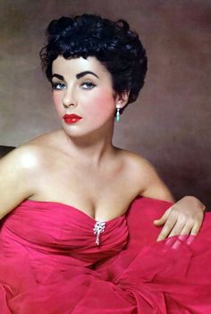 Actress Elizabeth Taylor by photographer Philippe Halsam (1948).