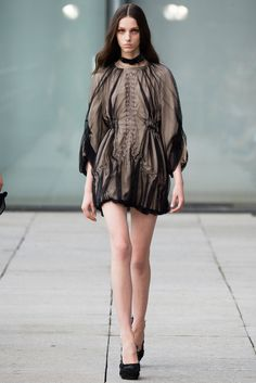 Iris van Herpen Spring 2015 Ready-to-Wear Fashion Show - Larissa Marchiori (Elite)