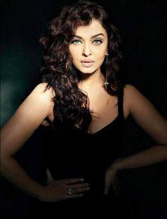 Aishwarya Rai Bachchan #photoshoot for Filmfare October 2015.