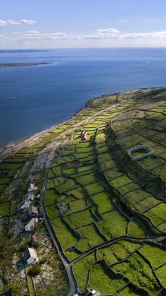 Hit the road to explore charming villages and dramatic landscapes in #Ireland