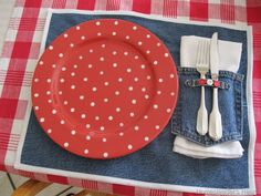 Denim Do Over | Denim Placemats Made From Jeans | http://www.denimdoover.com