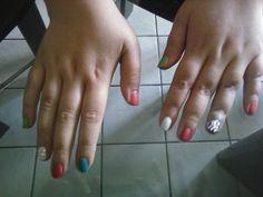 nail art con brillantini opachi